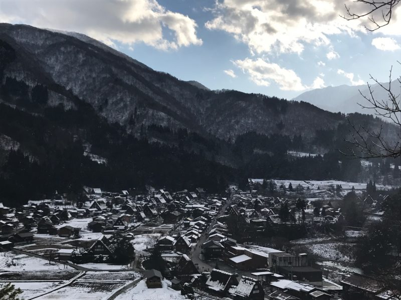 日本の伝統的建築物 白川郷合掌村 社会資産として地域に愛される美しいまちなみ